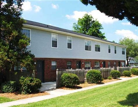 2 bedroom apartments in greensboro nc colonial apartments rentals greensboro nc apartments
