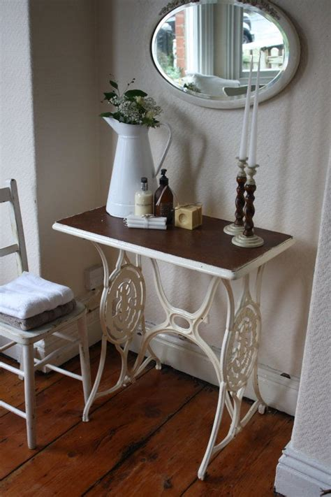 sewing table ideas 1000 ideas about singer sewing tables on