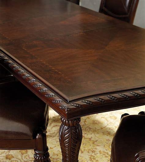 Antoinette Dining Room Set von furniture antoinette formal dining room set with leg