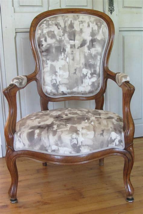tissu pour fauteuil voltaire 4 les tissus dameublement pour chaise fauteuil cabriolet digpres