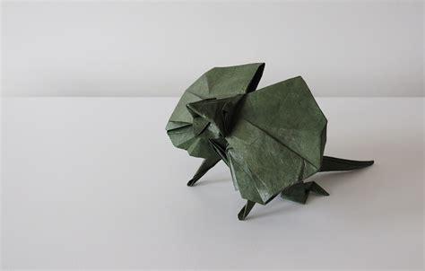 origami lizard iguana fold these 28 awesome origami lizards