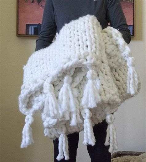 how to knit chunky blanket diy a thick cozy chunky knit blanket in one day