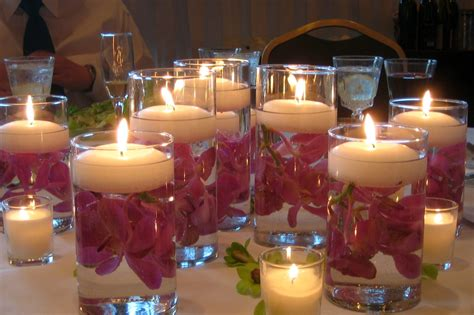 {Weddings} DIY Centerpieces: Pretty & Easy to Make Floating wedding