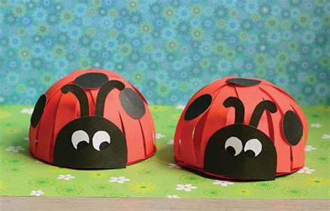 paper ladybug craft paper ladybug craft easy peasy and