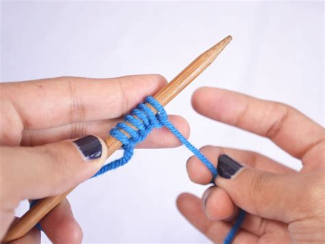 how to cast finger knitting how to cast on in knitting thumb method 11 steps