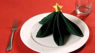 servietten falten weihnachtsbaum how to fold a napkin into a tree napkin