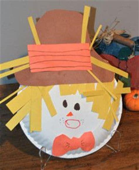 paper plate scarecrow craft paper plate scarecrow seasons crafts and the o jays