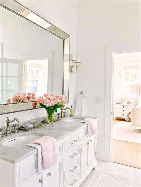 Bathroom Ideas White by Best 25 White Bathroom Ideas On White