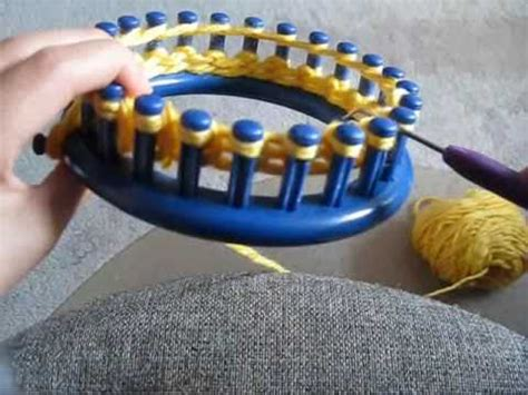 cast knitting loom how to cast on and knit using a circular loom