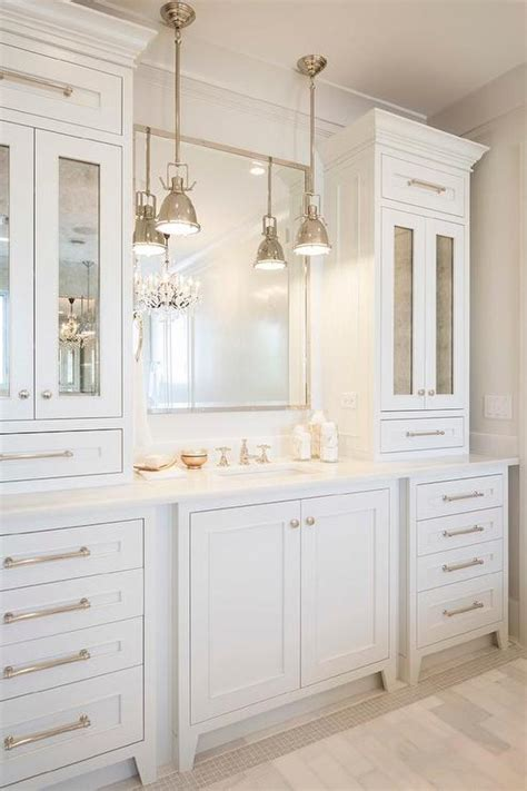 White Bathroom Cabinets by Creative Ways To Incorporate Built In Cabinetry