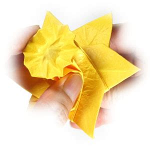 origami daffodil how to make an origami daffodil flower page 25
