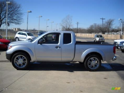 Nissan Frontier 2007 by 2007 Radiant Silver Nissan Frontier Xe King Cab 25999396
