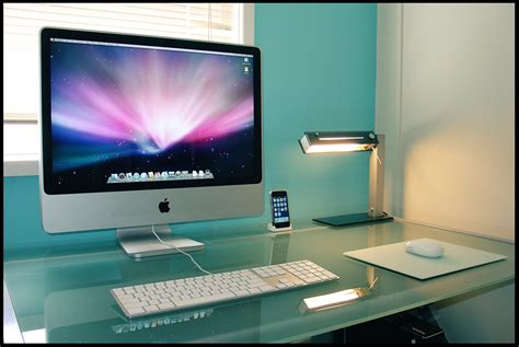 mac computer desk actual mac desktop by kempokidd on deviantart