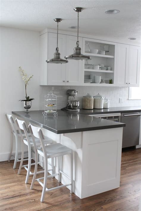 kitchen counters and cabinets 25 best ideas about kitchen counters on gray