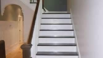 relooker un escalier en bois r 195 169 nover un escalier peindre sans peindre sans poncer bois in