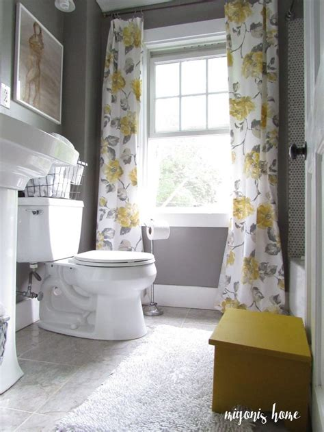 yellow and grey bathroom decorating ideas best 25 yellow bathrooms ideas on