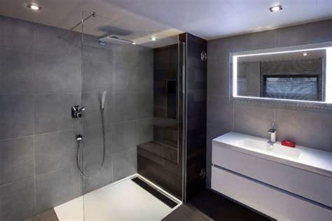 Toilet Betegelen Kosten by Wat Kost Een Badkamer Verbouwkosten