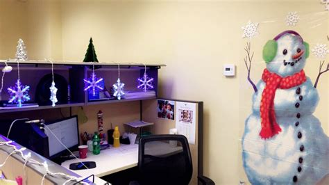 how to decorate your cubicle how to decorate your cubicle images how to decorate your