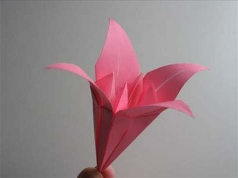 origami lilies origami