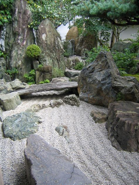 gardening with rocks zen style gardening with rocks ideas