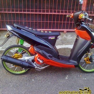 Modifikasi Mio Sporty Ban Kecil by Gambar Foto Modifikasi Motor Mio Soul J Sporty Terbaru
