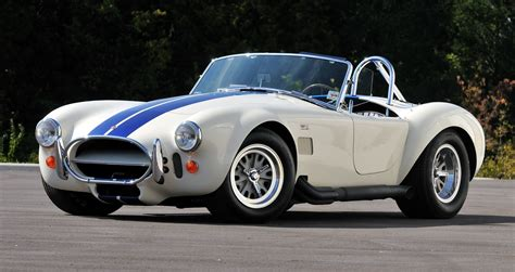 The 10 Best Classic Sports Cars Of The 1960s   RuelSpot.com