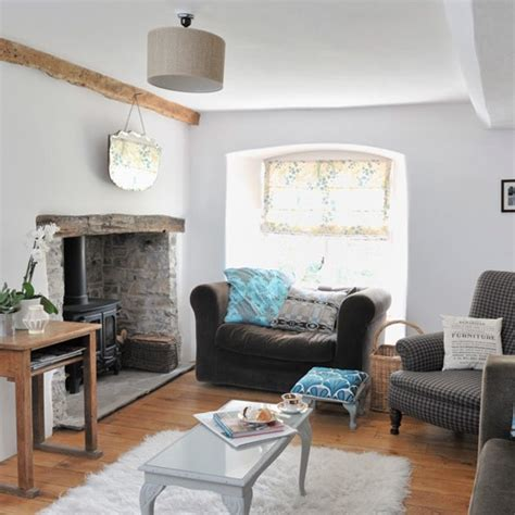 modern cottage makeover family room original living room features at www peastyle co uk hq
