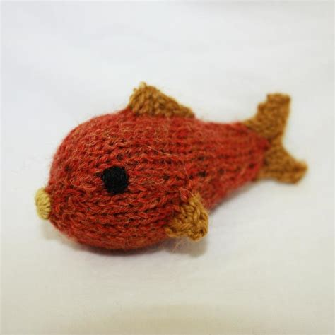 how to knit a fish the cutest pet knitting patterns on craftsy
