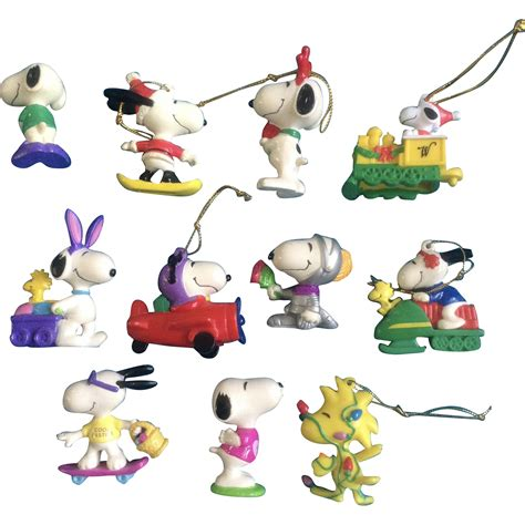 peanuts ornaments vintage snoopy woodstock peanuts rubber easter
