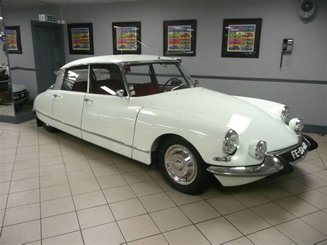 Citroen Ds 19 For Sale by Citro 235 N Ds 19 Pallas 1965 For Sale Classic Trader