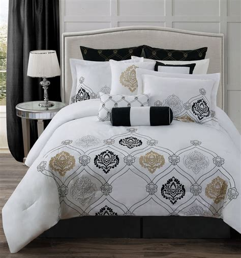what are comforter sets 1000 ideas about grey comforter sets on grey