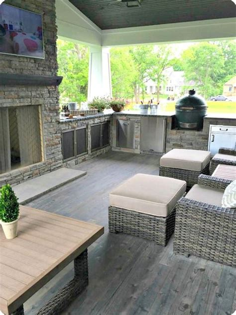 outdoor living 25 best ideas about small covered patio on