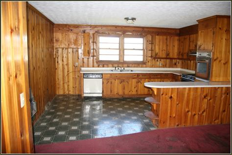 pine cabinets kitchen pine kitchen cabinets 28 images pine kitchen cabinets