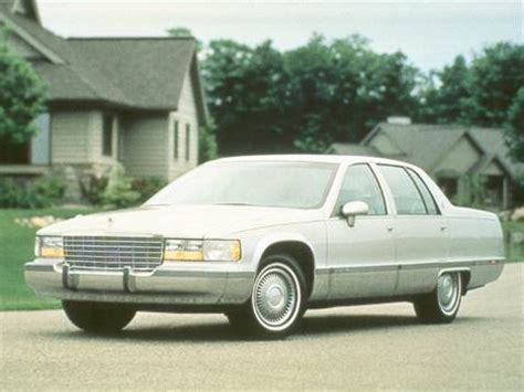 books on how cars work 1993 cadillac fleetwood user handbook 1993 cadillac fleetwood pricing ratings reviews kelley blue book