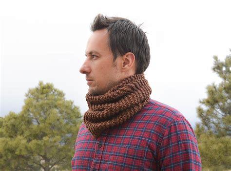mens knit s woodsy knit cowl pattern favecrafts