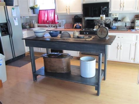 primitive kitchen islands 17 best images about primitive kitchen islands on