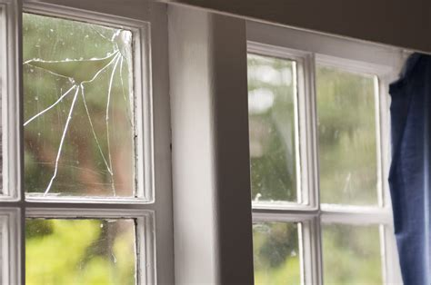 how to fix glass cracked mirror repair