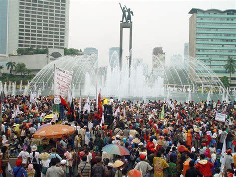 di jakarta file jakarta farmers protest45 jpg wikimedia commons