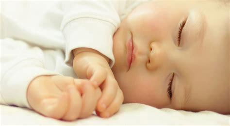 getting babies to sleep in crib 95 getting 7 week to sleep in crib safe