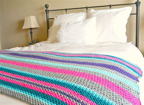 knit blanket pattern stripes knit blanket pattern favecrafts