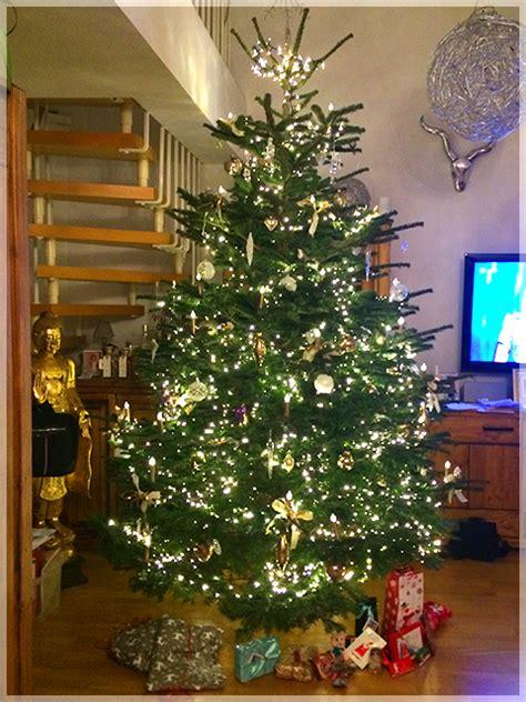 weihnachtsbaum dekoration dekorationsservice in m 252 nchen bei christbaumdealer