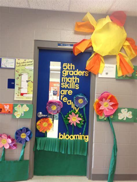 door decoration ideas for classroom classroom door decorationstake the pen