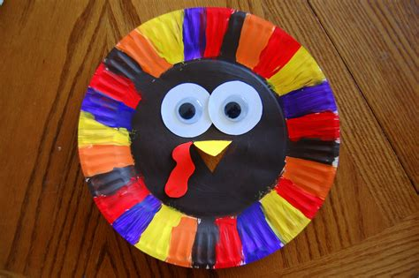 thanksgiving paper plate turkey craft i crafty things paper plate turkey craft