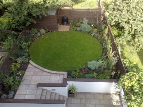patio pictures and garden design ideas patio and garden ideas circle garden design ideas small