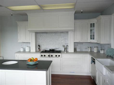 Kitchen Ideas With White Appliances by White Kitchen Backsplash Ideas Homesfeed