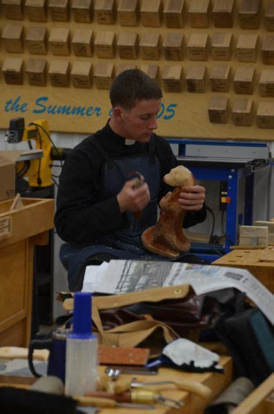 marc school of woodworking carving and knife at marc school of