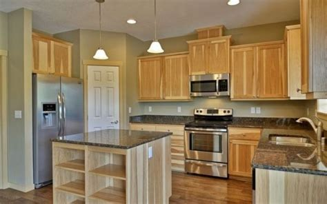 paint colors for kitchen with light cabinets kitchen wall colors with light wood cabinets kitchen paint