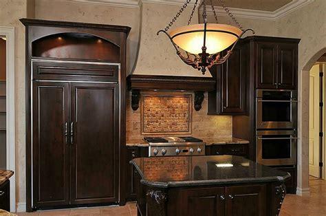 pendulum lighting in kitchen 25 best ideas about pendulum lights on