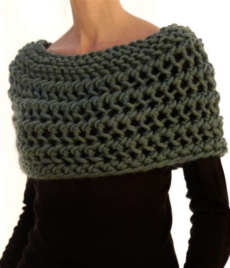capelet knitting patterns knittery on knits free knitting and knitting