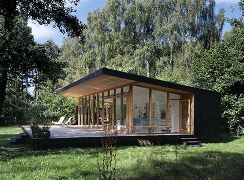 summer c cabins asserbo house denmark by christensen co architects